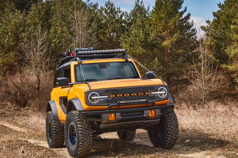Ford презентовал новый внедорожник Bronco
