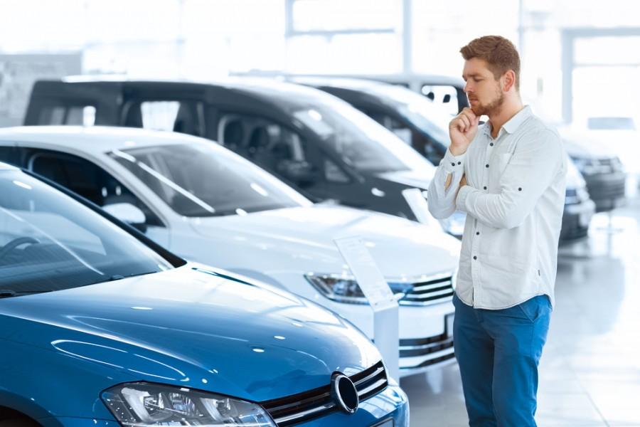 Названы главные критерии при выборе авто у россиян