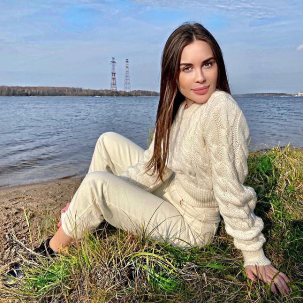 Актриса Юлия Михалкова