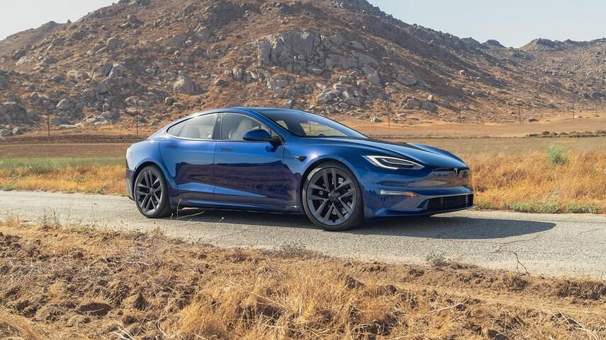 Tesla Model S Plaid рекорд скорости